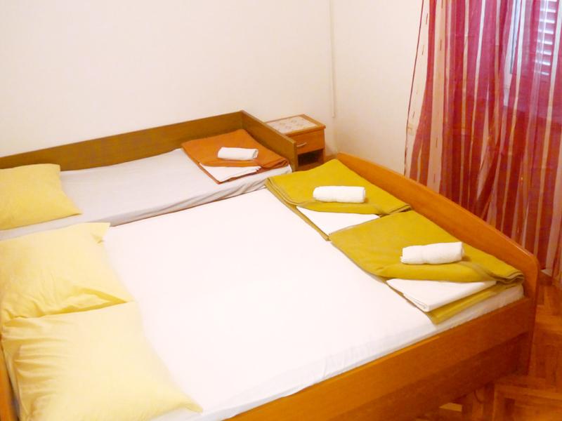 pokoj_p8_chorwacja_metajna_sypialnia